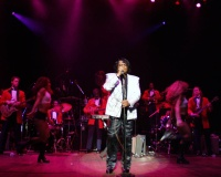 Highlight for Album: JAMES BROWN AT THE PARAMOUNT THEATRE