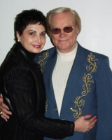 Highlight for Album: GEORGE JONES AT THE FLINT CENTER, CUPERTINO, VALENTINES DAY